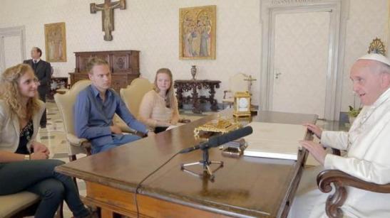 papa francisco_entrevista_jovenes belgas